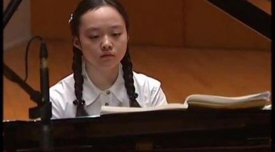 05小步舞曲 中央音乐学院钢琴(业余)考级教程 三级曲目